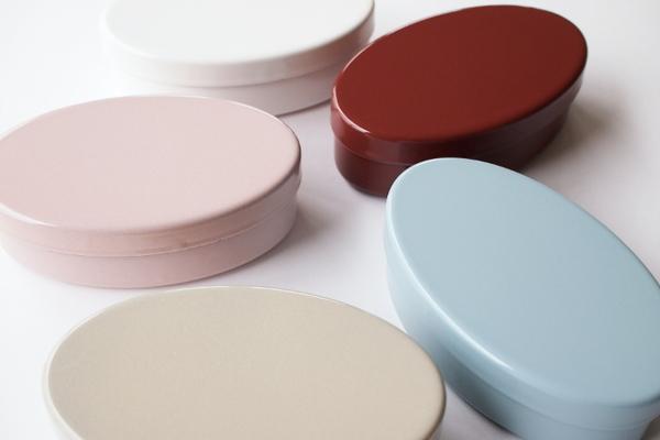 楕円型の琺瑯弁当箱
